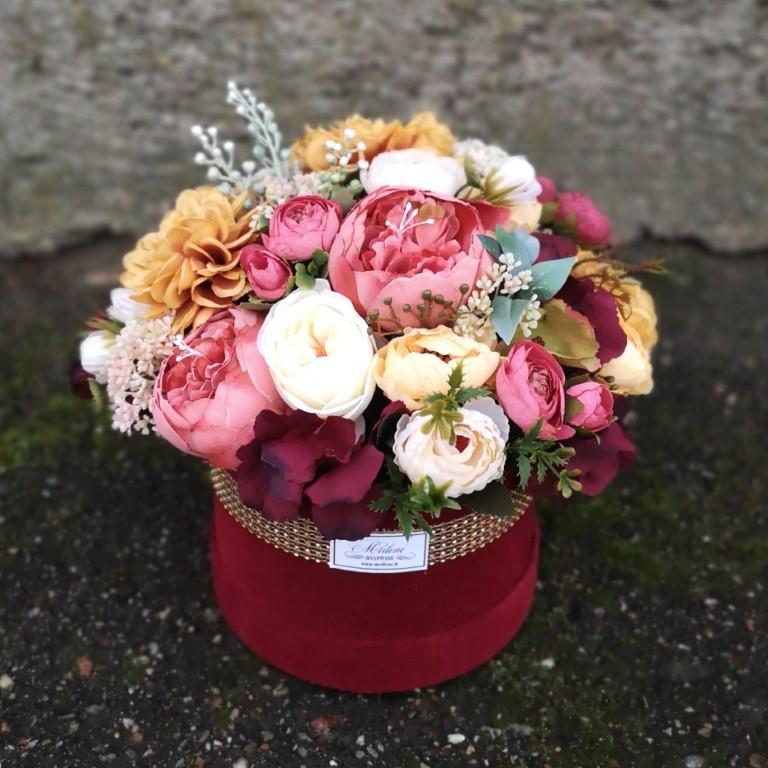 Dirbtinų gėlių dėžutė