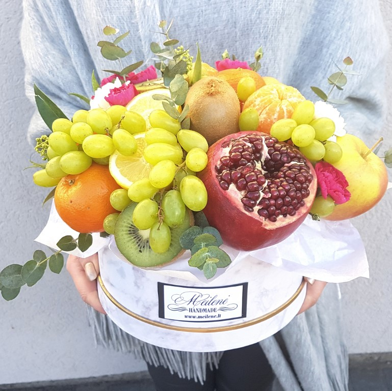 vaisiu dežutė